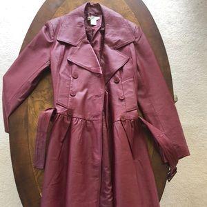 Fashionable Burgundy winter/fall coat